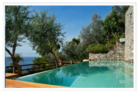 Relaxing Swimming Pool - Hotel Onda Verde